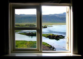 Average Double Hung Window